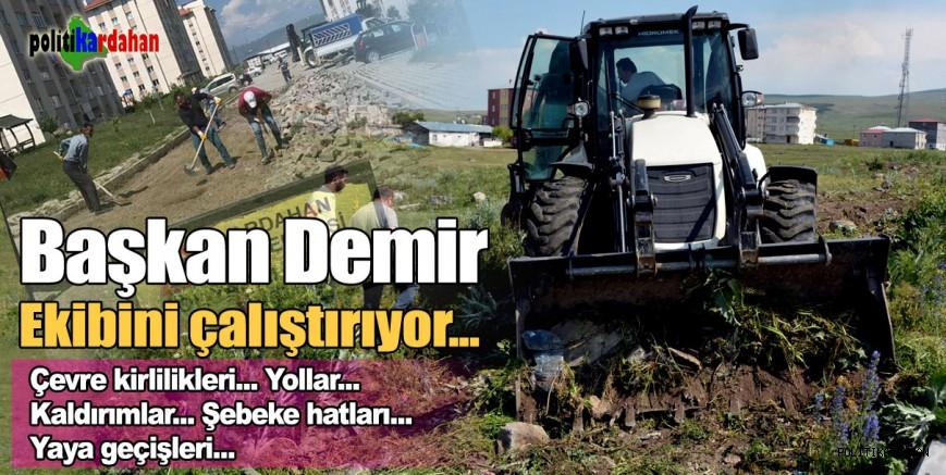 Başkan Demir, ekibini çalıştırıyor