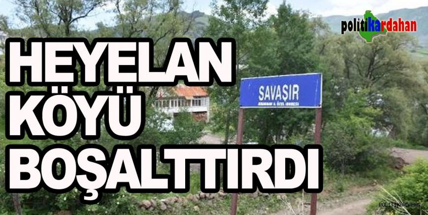 Heyelan, köy boşalttırdı